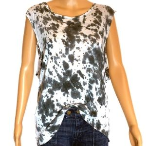 Distressed sleeveless AnM Top